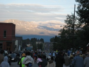 The 2008 Leadville Trail 100 race begins as the bikers head towards the mountains